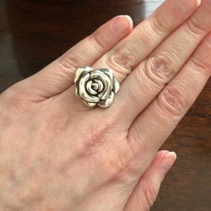 Sterling Silver 3D flower ring size 6.5